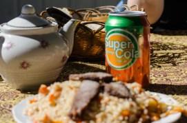 Frühstück mit afghanischer Super Cola
