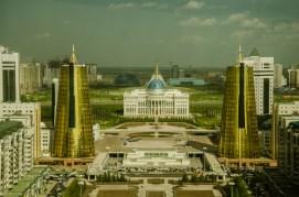 Palast des Präsidenten und Wachtürme des Wohlstandes