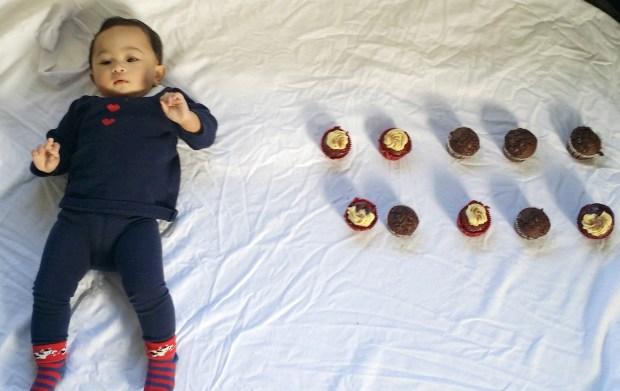 katie-10month-cupcake