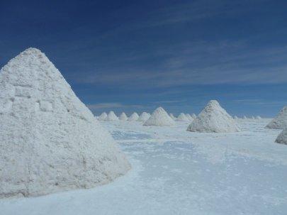 Farming salt pyramids