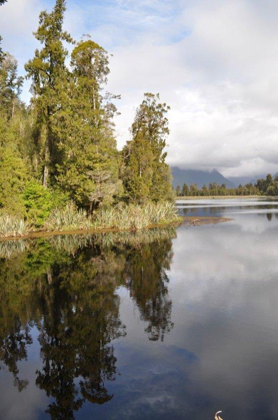 Lake Matheson reflective water