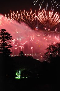 Fireworks on the Sydney Harbour bridge