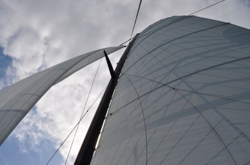 Sails of The Pride of Airlie