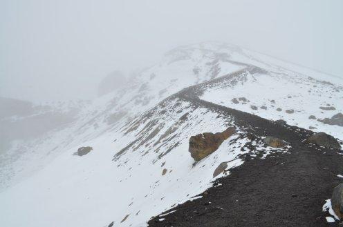 Tongariro Alpine Crossing dangerous path