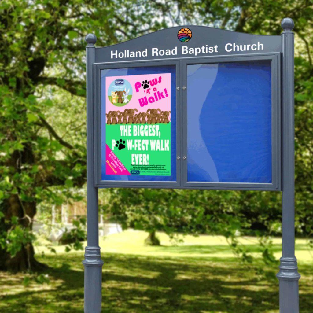 Lynester Double Door Post Mounted Church Noticeboard