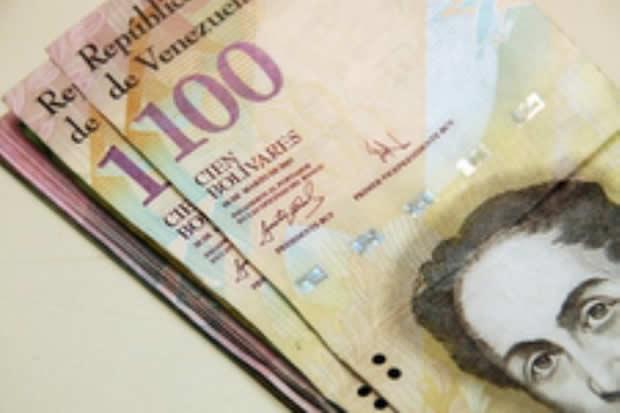 ¡Última hora! Lo que debes hacer con los billetes de 100 Bs. que te queden
