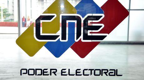 CNE logotipo