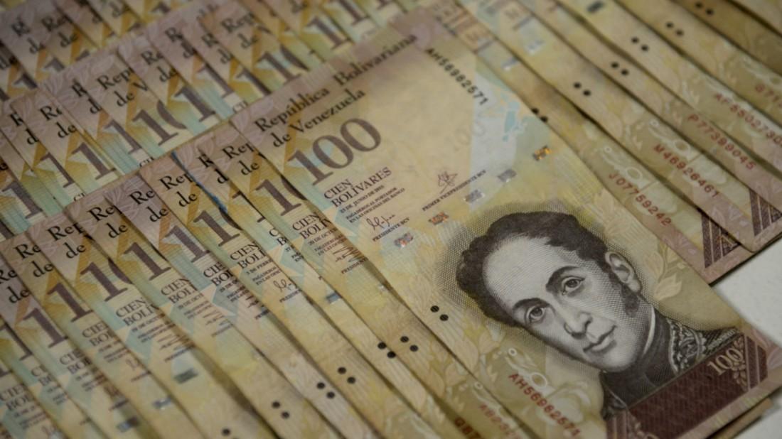 La nueva fecha que anunció Maduro para el final del billete de a 100