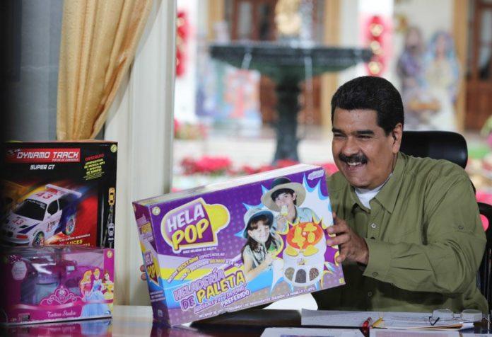 Maduro cambia la tradición e inventa nueva fecha para regalar juguetes