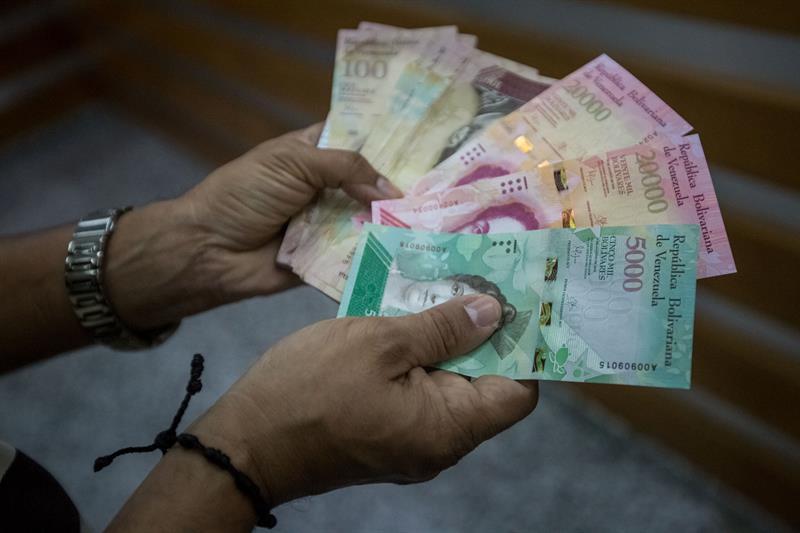 ¡Última hora! Comenzaron a salir billetes falsos del nuevo cono (Imágenes)