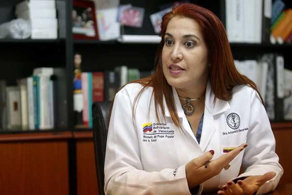 """Ministra de Salud: """"Las enfermedades son inducidas por el capitalismo"""""""