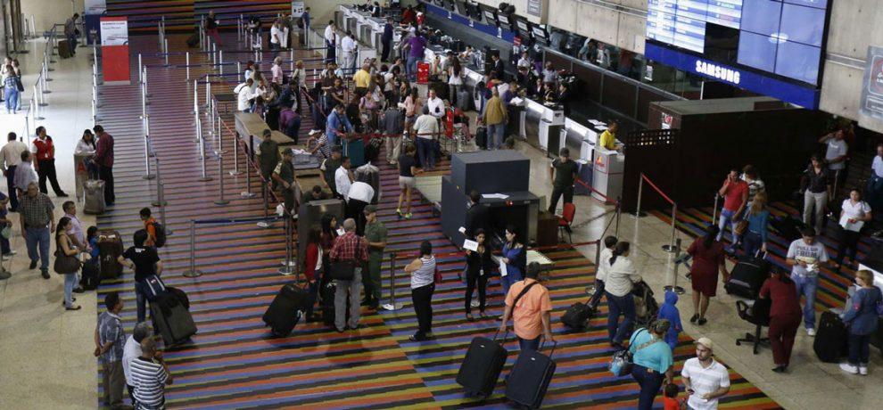 Emigrantes venezolanos pasan roncha en Colombia