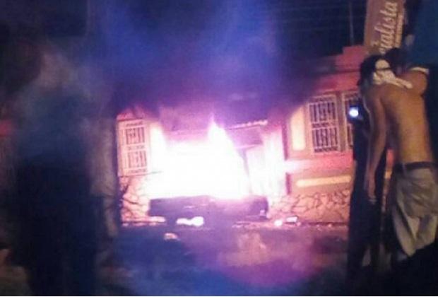 quema cuartel militar La Grita