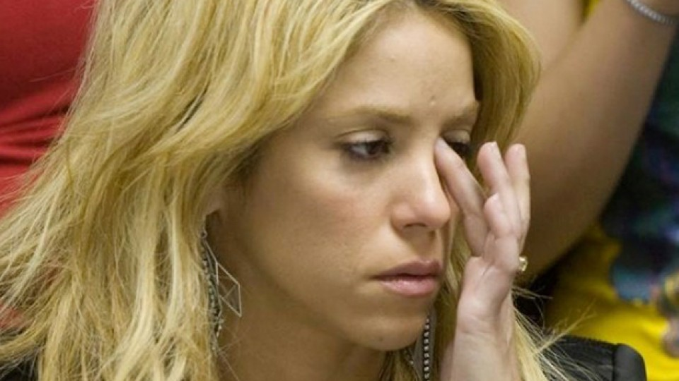 """Destrozan a Shakira por no asistir al concierto por """"ayuda humanitaria"""""""