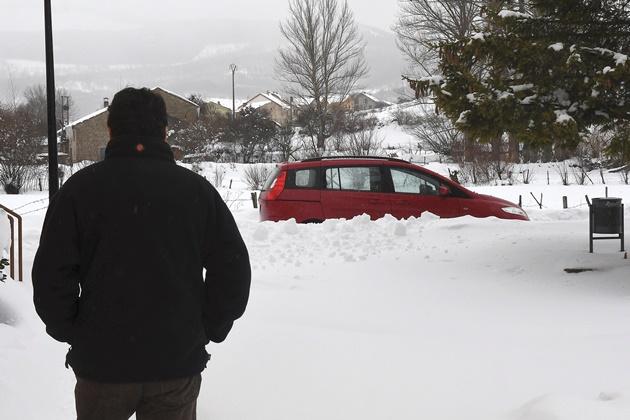 atípica temporada de nieve en España obliga a cancelar vuelos