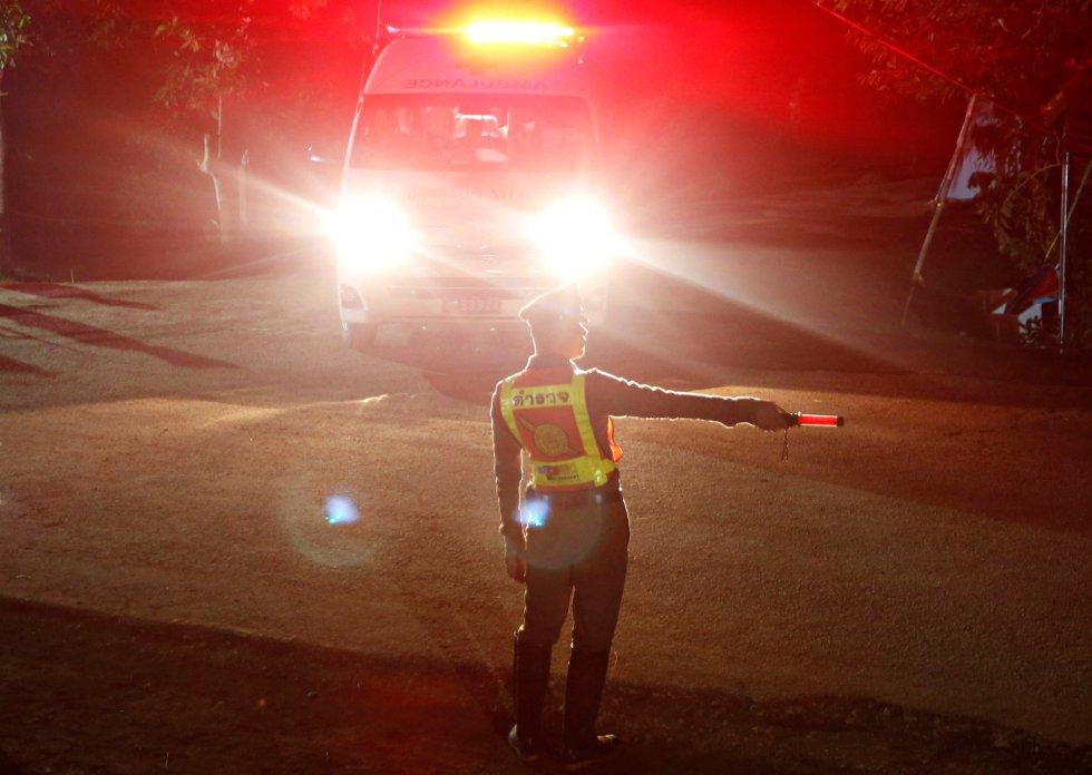 ambulancia que trasladaba a los niños