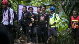 rescatistas en tailandia