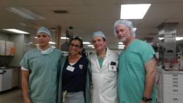venezolanos que apoyan en el bueque hospital