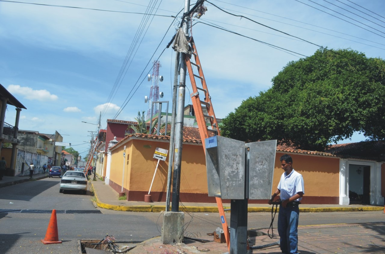 Cantv repuso cable del Casco Central