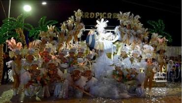 Música y diversión en el segundo día del Carnaval Altamira 2019