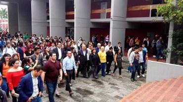 Registra Dr. Marco Antonio Cortina candidatura para director de la Facultad de Derecho