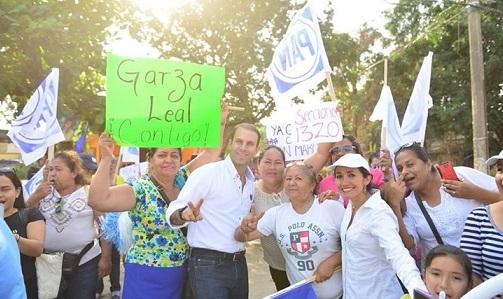 Respaldan habitantes de la Esfuerzo Obrero y Nuevo Amanecer a Mon Marón