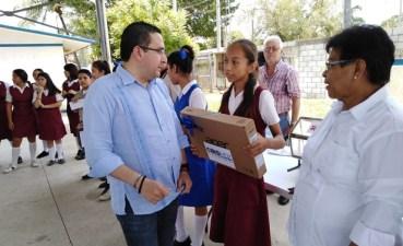 Reafirma Ciro Hernández fuerte impulso a la educación