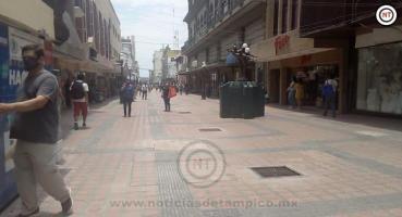 «Descuenteros» desatados; operan en la zona peatonal