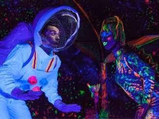 La Sala Trajano programa mañana el espectáculo infantil 'El astronauta', a cargo de la compañía extremeña el Avispero Producciones