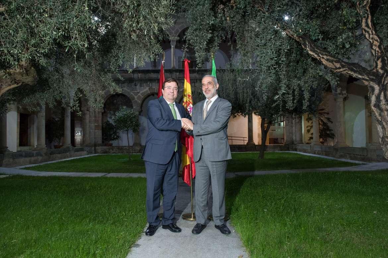Firmado un acuerdo entre la Junta de Extremadura y la empresa Ibérica Sugar Company para el desarrollo de una planta azucarera en Mérida