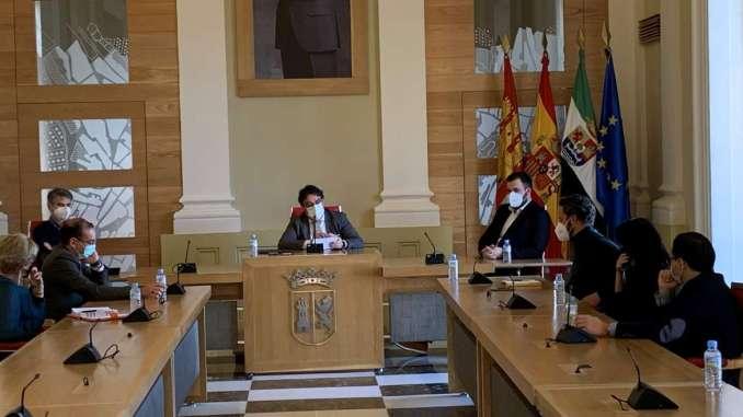 Extremadura adopta medidas más drásticas frente a la Covid-19 para disminuir su incidencia