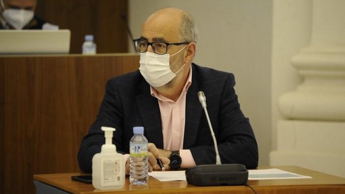 isidoro_novas_en_la_asamblea