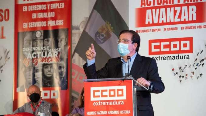 Fernandez-Vara-participa-en-la-inauguracion-del-XI-Congresos-del-Comisiones-Obreras-Extremadura