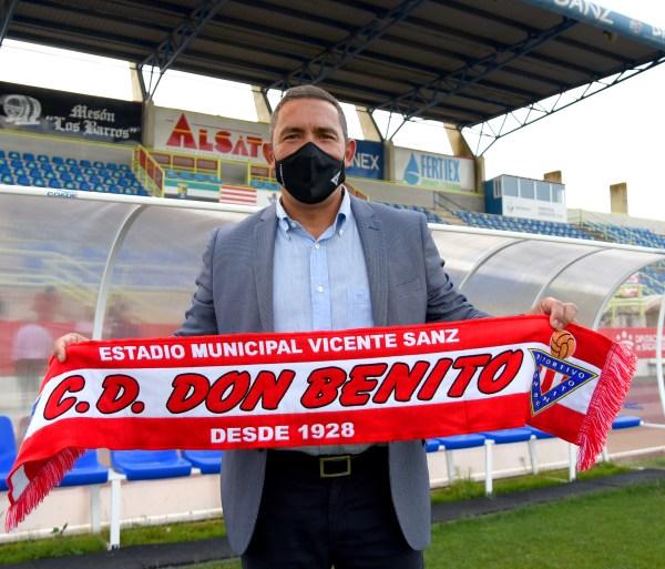 Juan-Carlos-Gomez-entrenador-Don-Benito