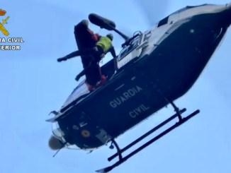 La Guardia Civil rescata a un barranquista accidentado en la Garganta de la Hoz de Madrigal de la Vera (Cáceres)