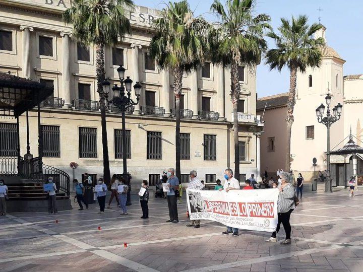 El Círculo de Silencio de Huelva pide respeto a los derechos humanos de los temporeros migrantes