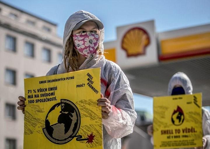 Sindicalismo en Uber y en la industria farmacéutica; sentencia sobre emisiones