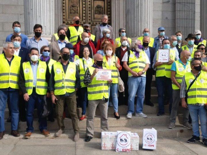 285.000 firmas apoyan realizar una auditoría pública a las cuentas de la Seguridad Social