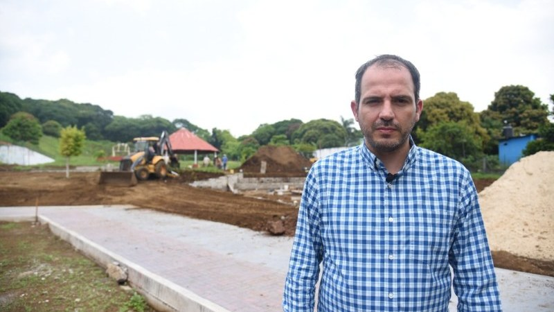 """La niñez sanandrescana tendrá un parque digno"": Tavo Pérez"