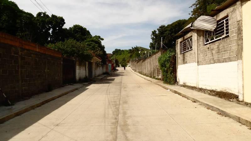 Avanzan obras en la colonia Don Pedro, de Catemaco