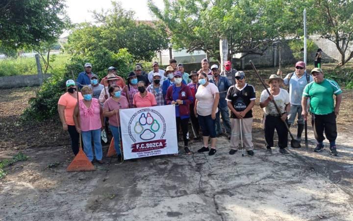 Grupo Sozca y Fabián Cárdenas sanitizan escuelas en Lerdo de Tejada