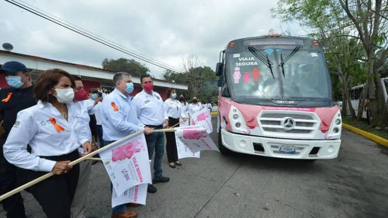"""Da SSP banderazo de arranque del programa """"Transporte Mujer Segura"""", en Xalapa"""