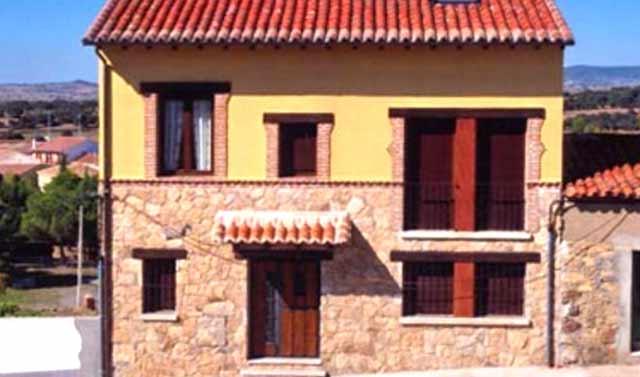 09-casa-rural-lucia-horcajadas-sierra-de-gredos-avila