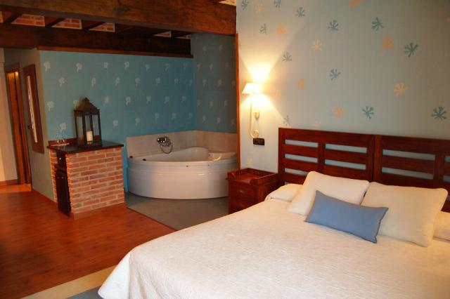 hoteles jacuzzi privado habitacion hotel casona revolgo