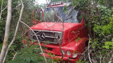 Photo of Motorista de caminhão passa mal e morre na BR-116 em Poções; veja o vídeo