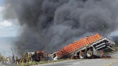 Photo of Região: Vídeo mostra grave acidente na BR-116; uma pessoa morreu carbonizada
