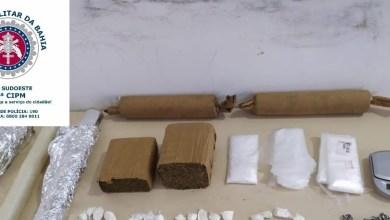 Photo of Conquista: Homem é preso com drogas e bombas caseiras após pular de primeiro andar de casa em condomínio