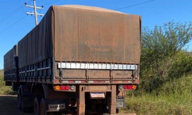 Photo of Polícia recupera caminhão roubado após motorista ser feito refém próximo a Jequié