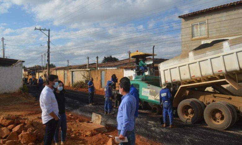Photo of Conquista: Mais de 90% das obras de drenagem e asfaltamento já foram realizadas no Renato Magalhães