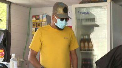 Photo of Sem shows na pandemia, cantor Silvanno Salles abre bar em Salvador